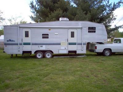 1999 Fleetwood Wilderness 5th Wheel 28ft Motor Home Rv